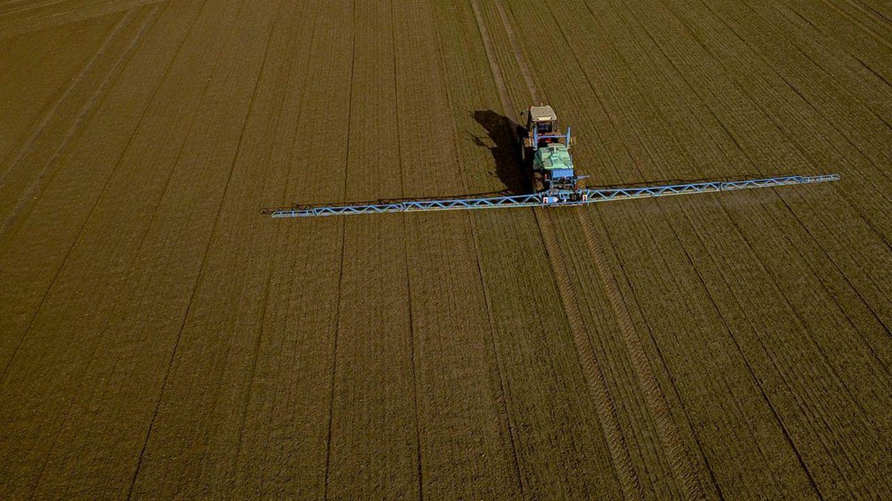 Le gouvernement a annoncé un bond de 23% des ventes de pesticides en 2018. L'Union des industries du secteur (UIPP) estime la hausse à 8%. La FNSEA dit «ne rien comprendre à la différence entre les chiffres».
