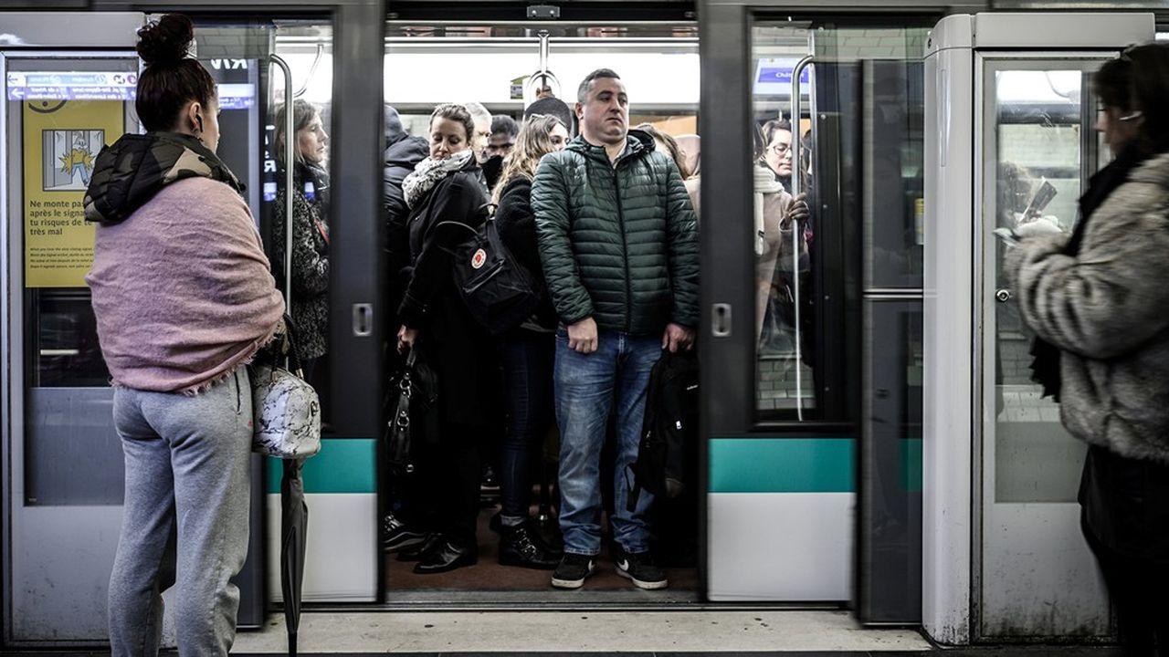 Le passe Navigo remboursé à tous les usagers pour décembre — Grève