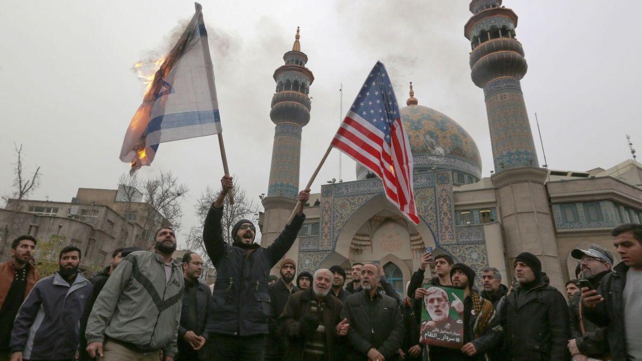 Les Iraniens manifestant contre l'assassinat du général Qasem Soleimani par les Etats-Unis ont également brûlé le drapeau israélien.