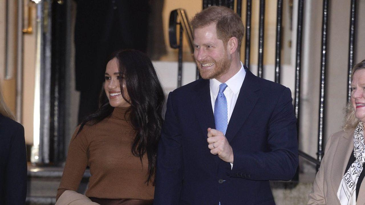Selon le tabloïd «The Sun» la reine est «bouleversée» et les princes Charles et William sont «incandescents de rage».