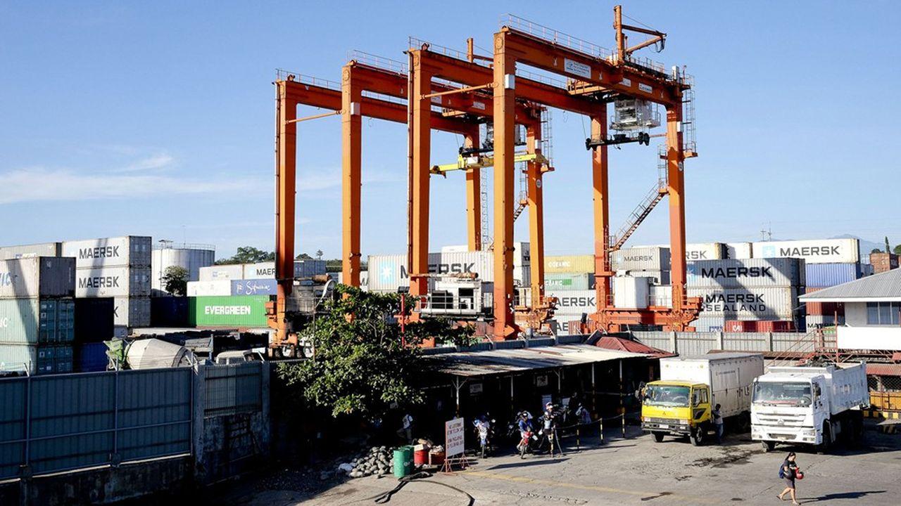 Le port de Davao, métropole de taille équivalente à Seattle et dont Rodrigo Duterte a été le maire, prévoit d'énormes travaux d'agrandissement avec la création de quatre îles artificielles de 50 hectares chacune.