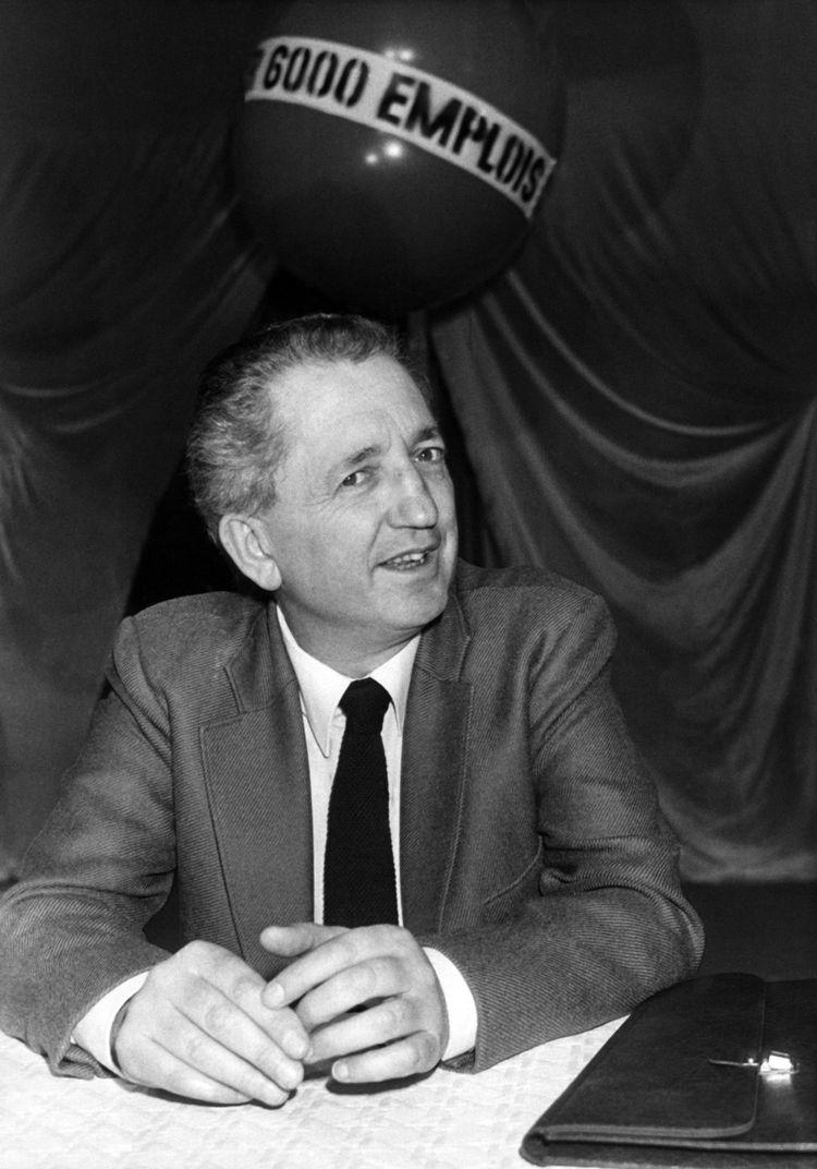 Edmond Maire, secrétaire général de la CFDT de 1971 à 1988, avait fait des 35 heures le cheval de bataille de sa confédération dès la fin des années 1970.