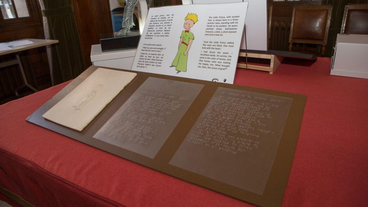 Découvrir «Le Petit Prince», un ouvrage où les images sont aussi importantes que le texte lorsque l'on est non-voyant: le rêve est devenu réalité avec le soutien de la Fondation Antoine de Saint Exupéry pour la jeunesse.