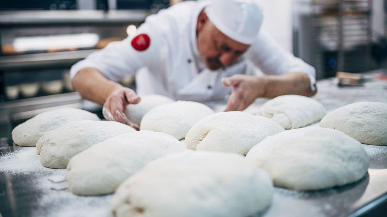 Les boulangeries traditionnelles détiennent aujourd'hui 55% du marché français contre 45% pour les boulangeries industrielles et les chaînes.