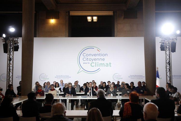 Emmanuel Macron a échangé avec les citoyens de la Convention pour le climat le 10 janvier 2020.