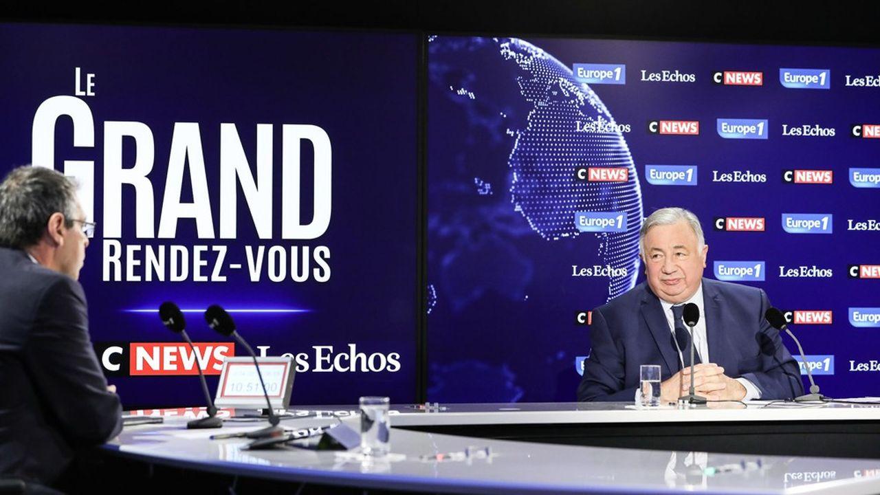 Pour le président du Sénat, Gérard Larcher, l'abandon de l'âge pivot vide de son sens la réforme des retraites.