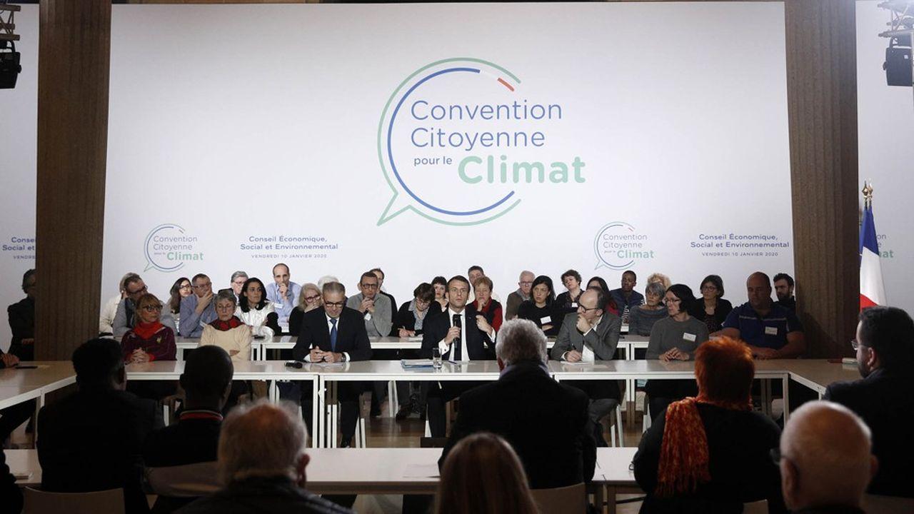 Emmanuel Macron lors de sa rencontre avec les 150 citoyens de la Convention pour le climat vendredi soir