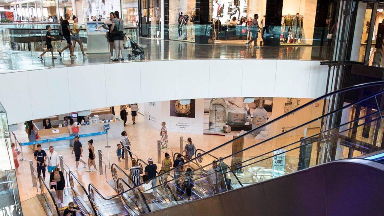 La fréquentation des centres commerciaux a progressé de 0,3% en 2019 en dépit des grèves. Ici, Les Terrasses du port, dans le quartier de la Joliette, à Marseille.