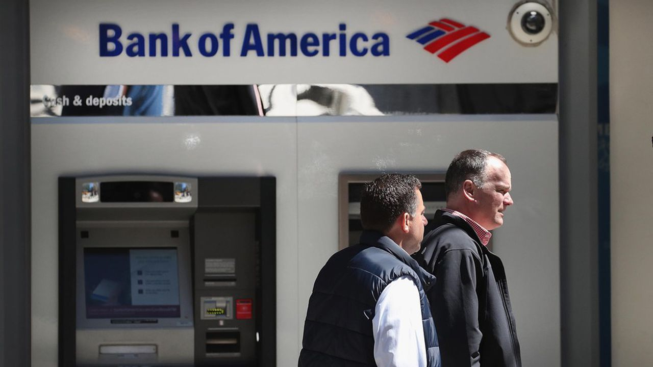 Les banques ont tendance à fermer leurs agences et leurs distributeurs dans les zones rurales.