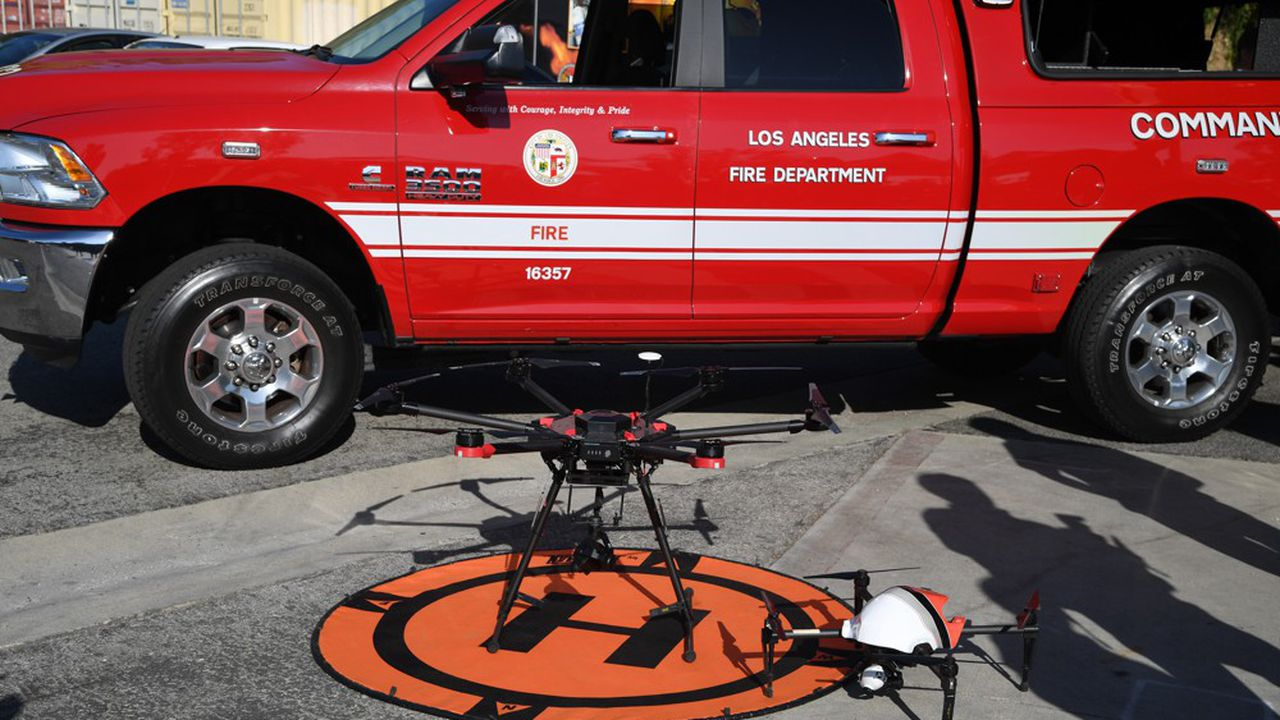 La directive d'interdiction envisagée par Washington conduirait à clouer au sol plus de 800 drones sauf dans certains cas de force majeure telles que la lutte contre les incendies ou des exercices d'entraînement.
