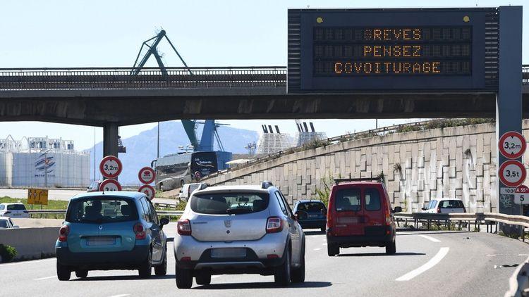 Les sites de covoiturage voient les inscriptions sur leurs sites bondir pendant les grèves dans les transports en commun.