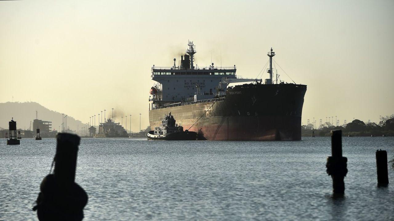 Les navires de plus de 38,1 mètres de long et 27,7 mètres de large devront payer un forfait additionnel de 10.000dollars (8.900euros) à partir du 15février.