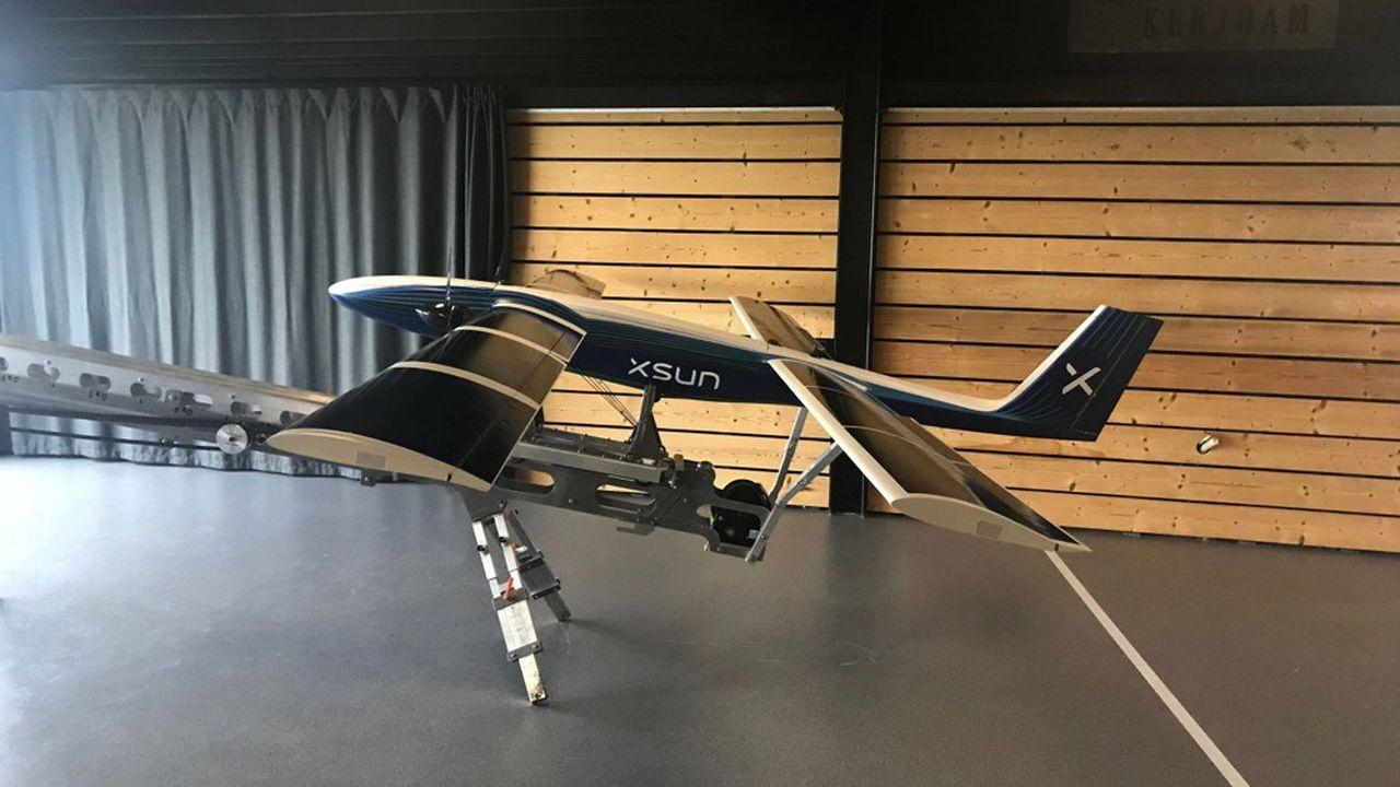 XSun a présenté son drone solaire SX 1.2 sur sa catapulte, lundi matin, à Guérande.