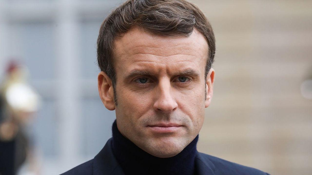 La cote de confiance d'Emmanuel Macron gagne à nouveau 2 points en janvier. Mais ceux déclarant «ne pas lui faire confiance du tout» progressent de 1 point