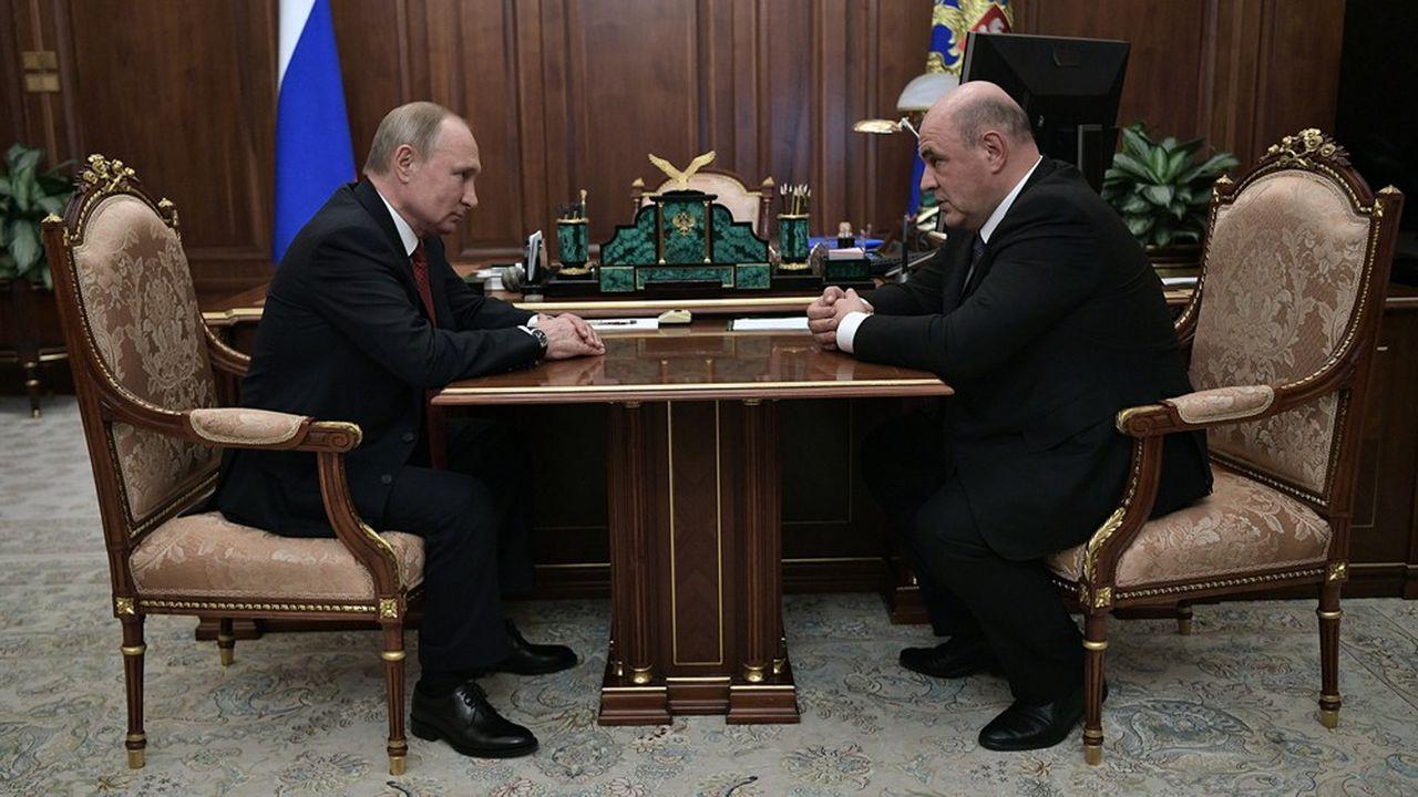 Le président russe, Vladimir Poutine, a rencontré le chef des services fiscaux fédéraux, Mikhail Mikhaïl Michoustine avant de le nommer Premier ministre.
