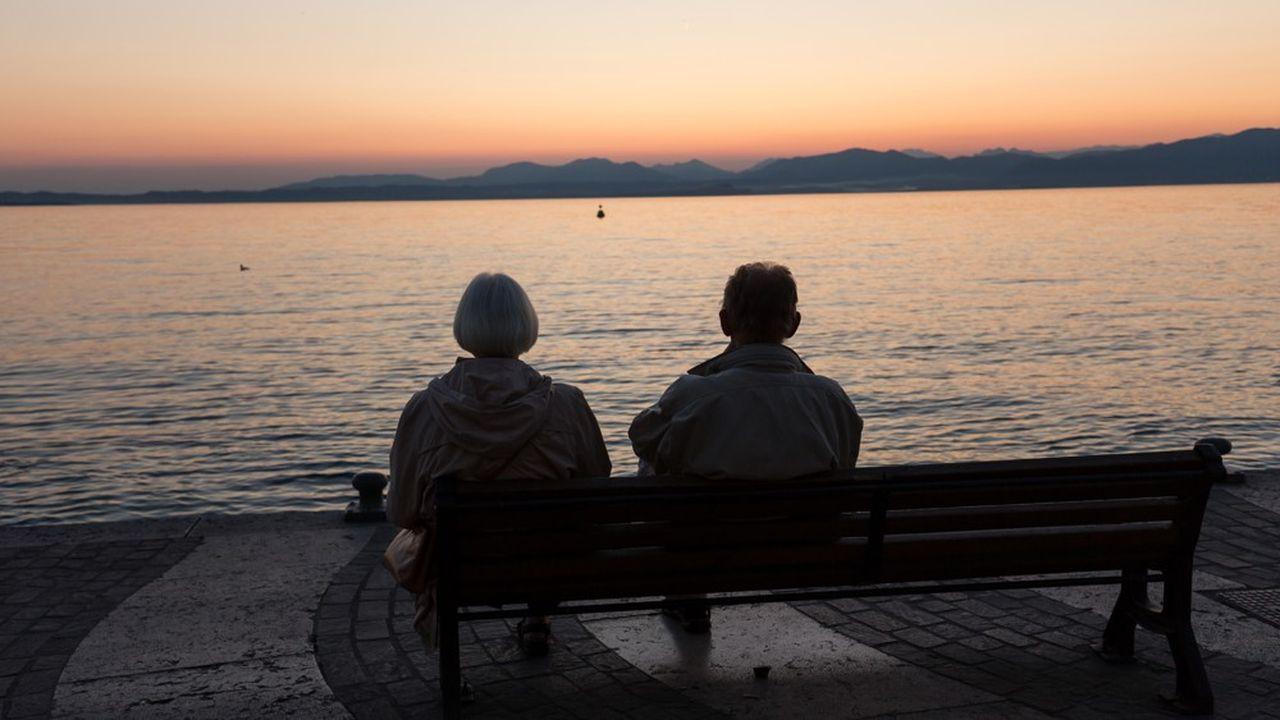 Lors de la réforme Fornero du gouvernement de Mario Monti adoptée en 2011, l'âge légal de départ à la retraite a été repoussé à 67 ans pour les hommes et à 66 ans et 7 mois pour les femmes.