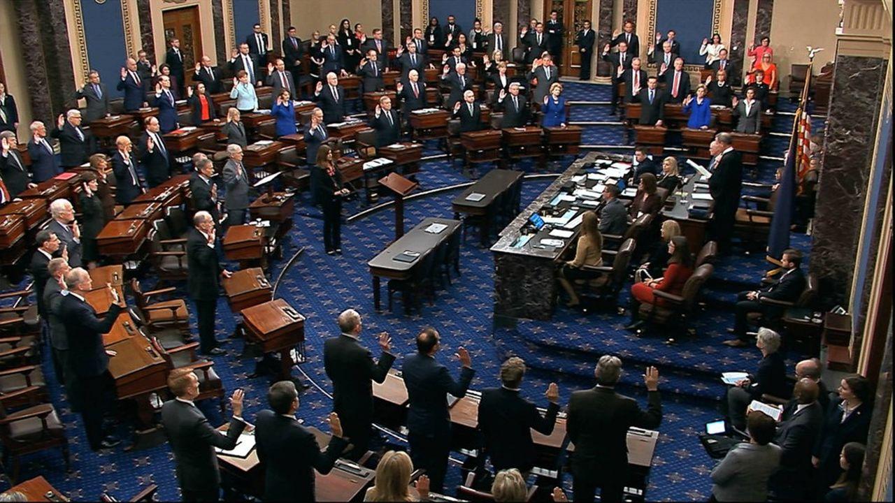 Le Sénat, a majorité républicaine, a formellement ouvert le procès en destitution de Donald Trump.