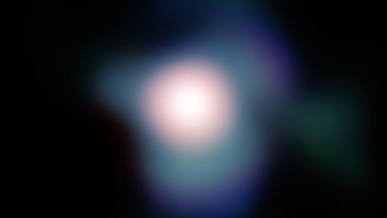 La supergéante Bételgeuse, grosse comme mille fois le Soleil, ici captée par le Very Large Telescope (VLT) de l'Observatoire austral européen (ESO).