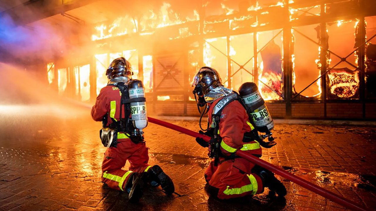 Les pompiers manifestent à Strasbourg contre les agressions