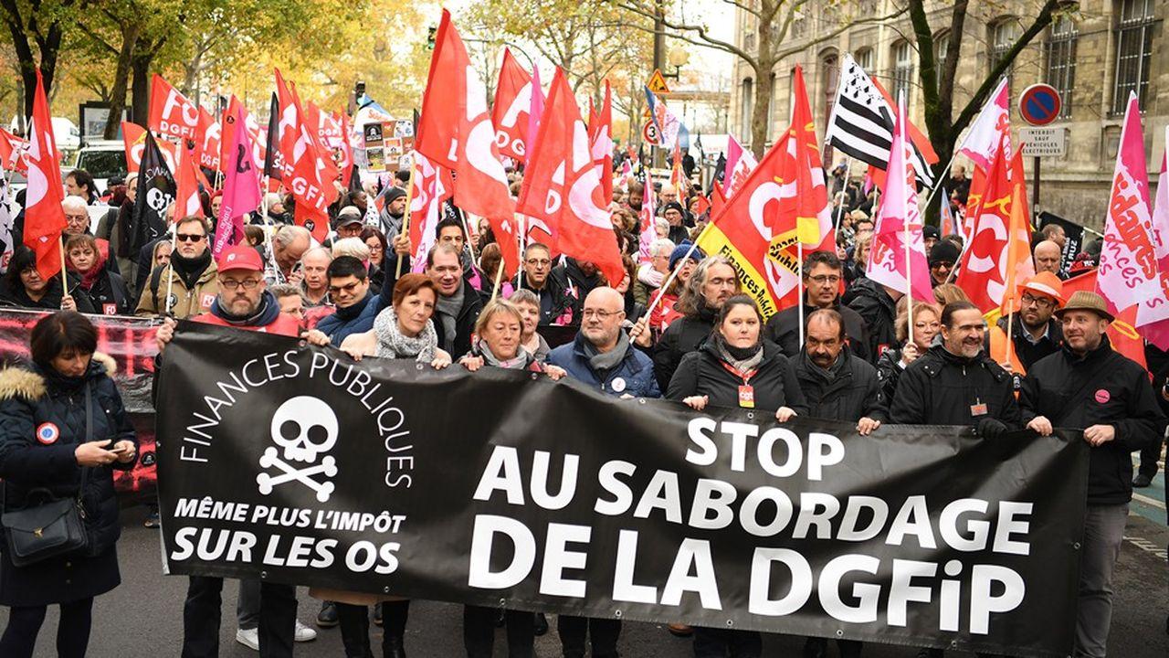 Au sein de la DGFIP, deux agents sur trois trouvent les changements trop rapides (ci-dessus en novembre2019 lors d'une manifestation à Paris à laquelle participait le secrétaire général de la CGT, Philippe Martinez).