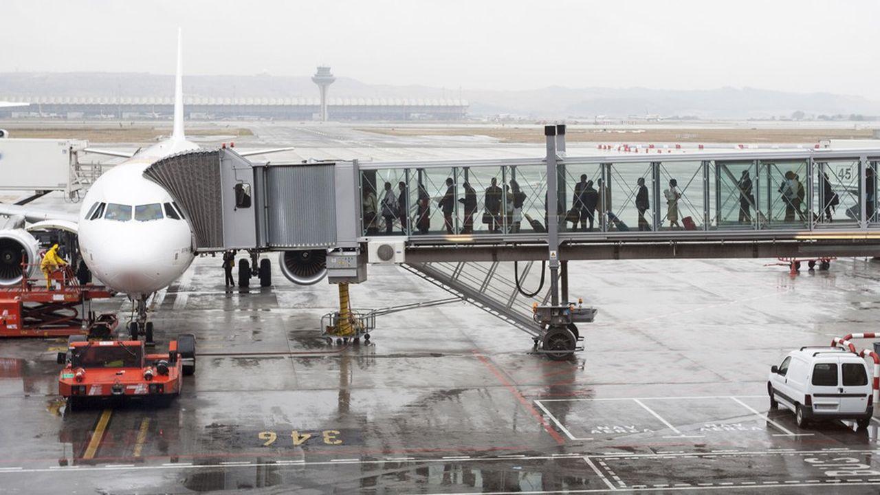 Les passagers d'un avion courent moins de risque d'être contaminés que dans un train ou une salle de cinéma.