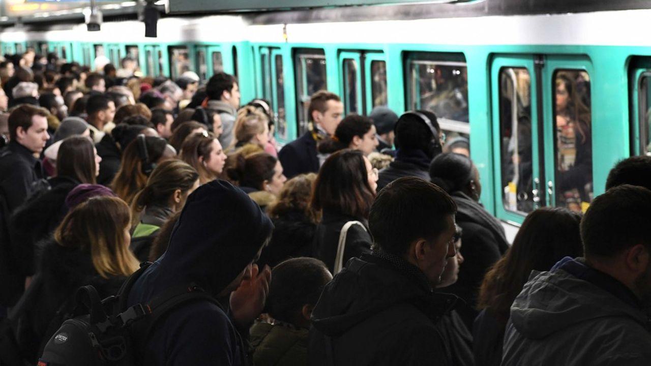 Le trafic sera de nouveau très perturbé vendredi dans le métro parisien.