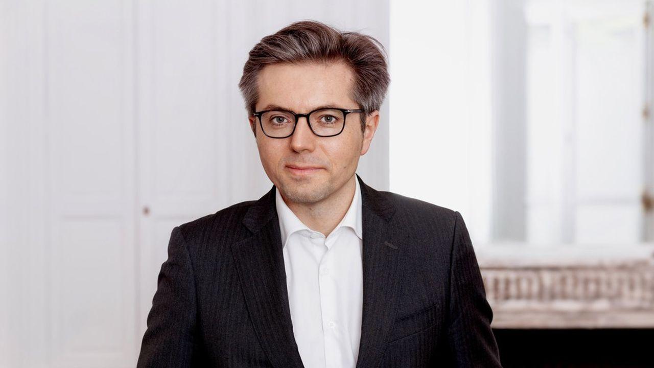 Raphaël Czuwak a été coopté par les onze associés du bureau de Paris et nommé par la présidente d'Egon Zehnder, Jill Ader, élue il y a un peu plus d'un an par l'ensemble des 240 associés du cabinet présent dans 40 pays avec 68 bureaux.
