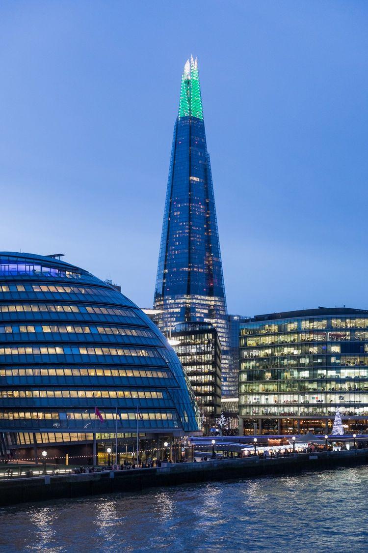 The Shard, l'immeuble conçu par Renzo Piano, accueille au sixième étage les locaux d'Al Jazeera English depuis 2015.