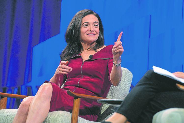 Sheryl Sandberg, la patronne opérationnelle de Facebook, a dû défendre son groupe face aux critiques