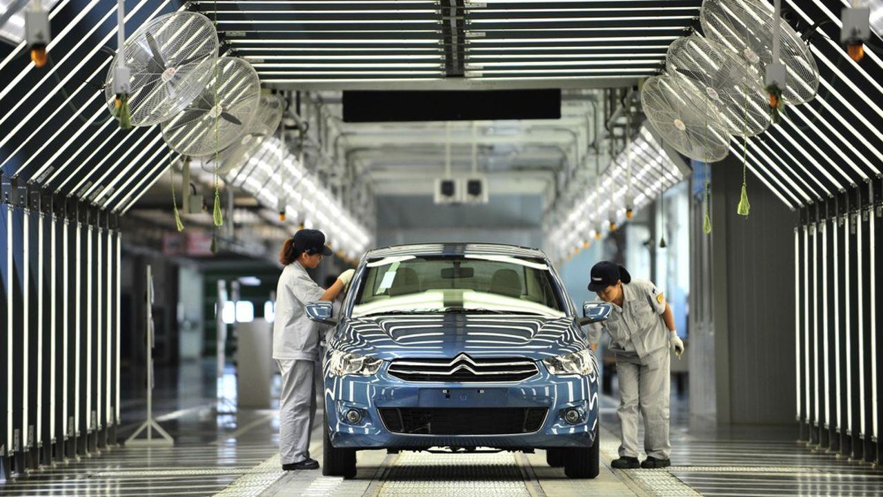 Confrontées à des ventes en chute libre, les usines PSA et Renault de Wuhan tournaient déjà depuis plusieurs mois au ralenti, bien avant l'épidémie de coronavirus.