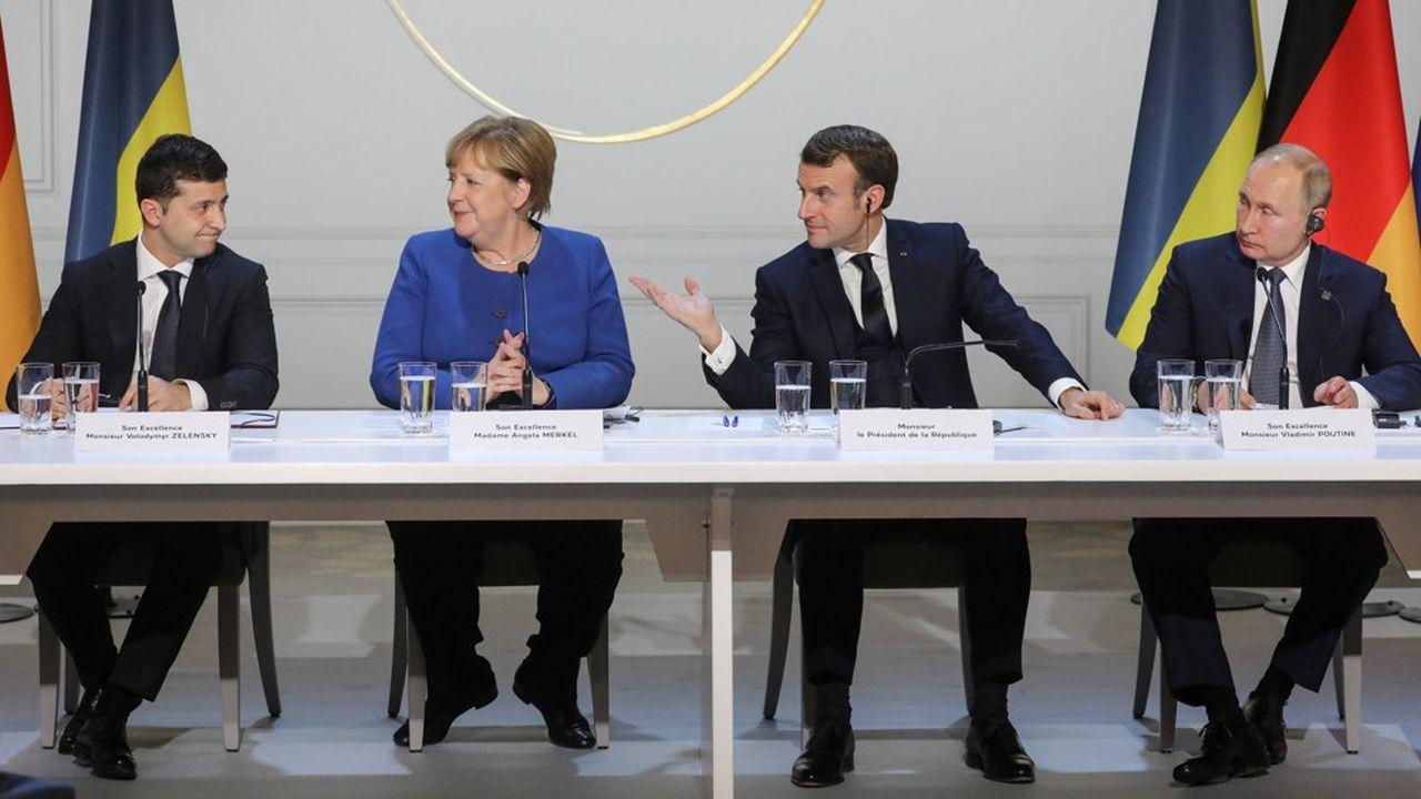 Le 9décembre 2019, le président Emmanuel Macron est parvenu à faire asseoir à la même table les présidents ukrainien Volodymyr Zelensky et russe Vladimir Poutine en présence de la chancelière allemande Angela Merkel.
