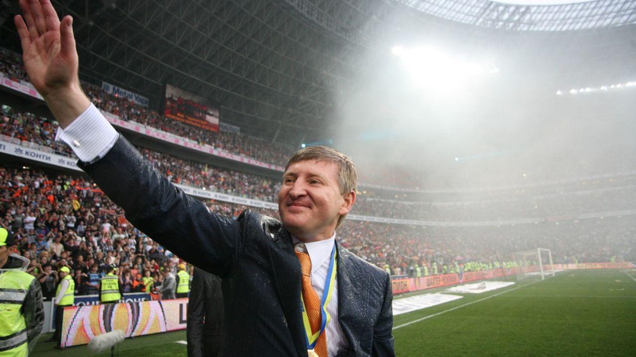 Rinat Akhmetov est président du club de football ukrainien FC Chakhtar Donetsk.