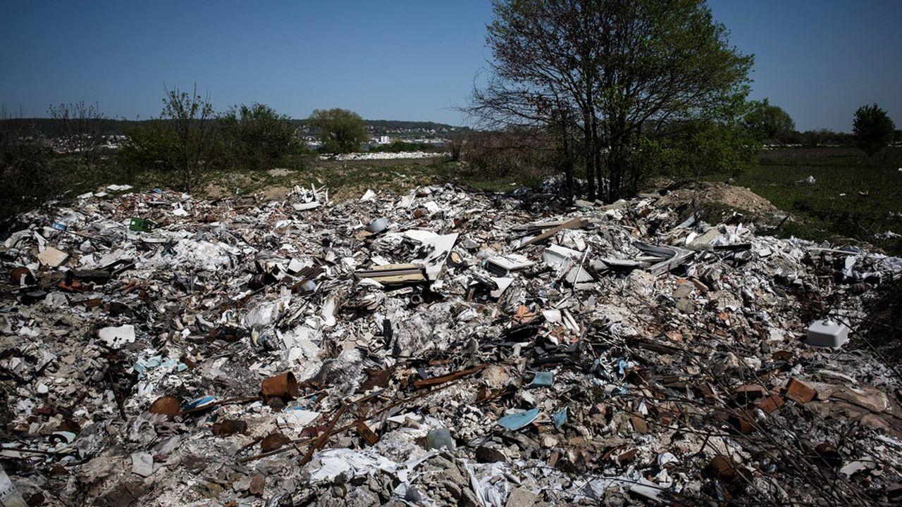 Le chantier doit permettre l'accès à la zone et le traitement de 7.000 tonnes de déchets.