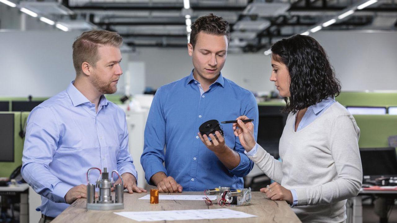 Le site de l'Ain va produire son premier moteur avec électronique intégrée pour la robotique logistique.