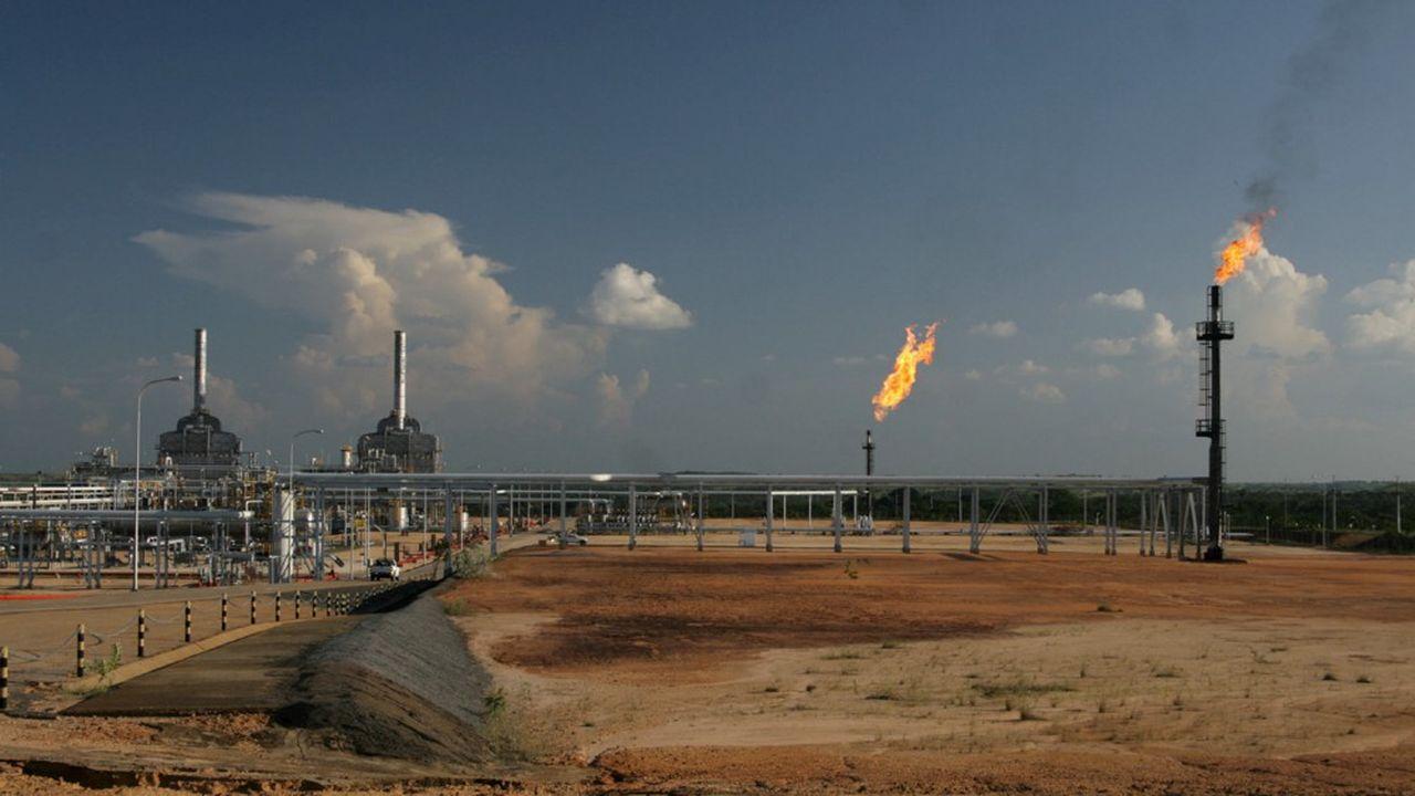Sincor, unité de stockage du pétrole brut dans la vallée de l'Orenoque, est une joint-venture entre PDVSA, la compagnie pétrolière d'état vénézuélienne, Total et Stateoil.