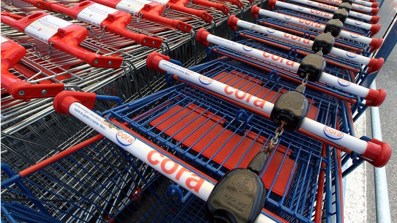 Cora pèse 2,8% du marché de la distribution française.
