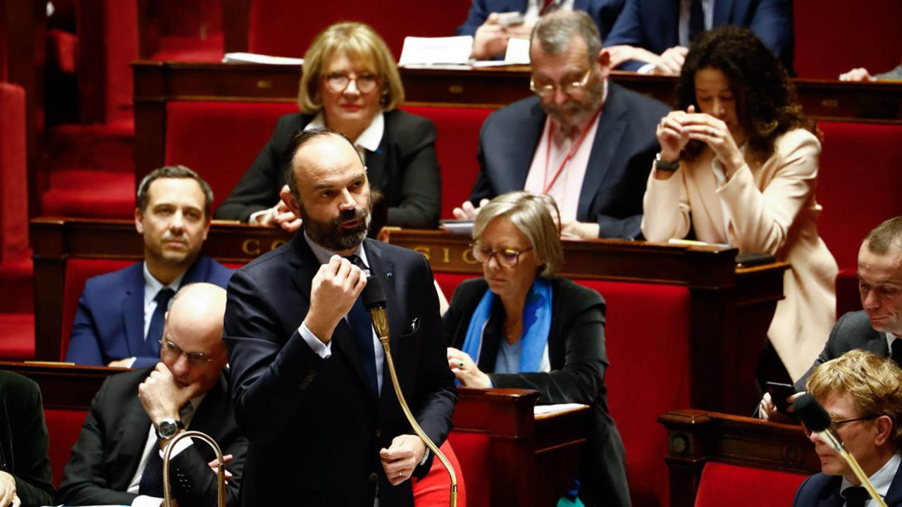 Le Premier ministre, Edouard Philippe, a prévu d'adresser mardi soir ses voeux aux parlementaires de la majorité, mis à l'épreuve par la bataille des retraites qui débute à l'Assemblée et par la difficile campagne des municipales.