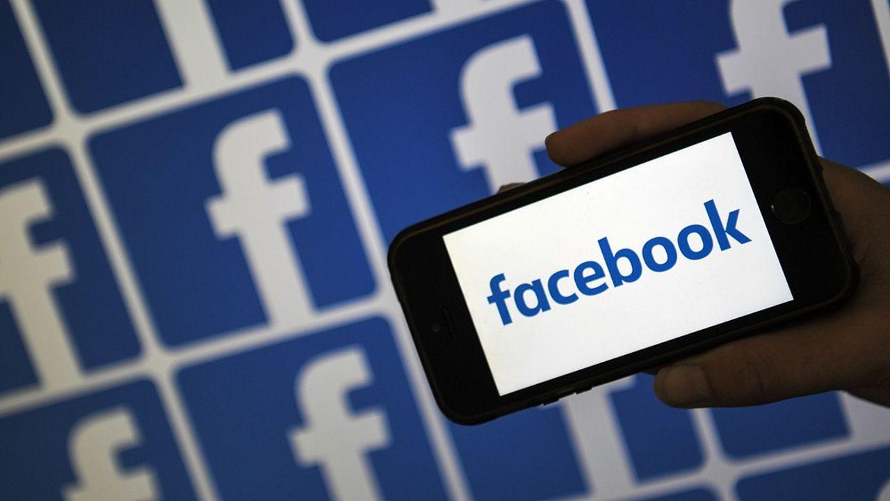 Facebook a nommé Thomas Hughes, l'ancien directeur exécutif d'Article19, une organisation de défense des libertés, à la tête de sa future «Cour suprême» chargée d'examiner les litiges sur la suppression de contenus. (Photo by LOIC VENANCE/AFP)