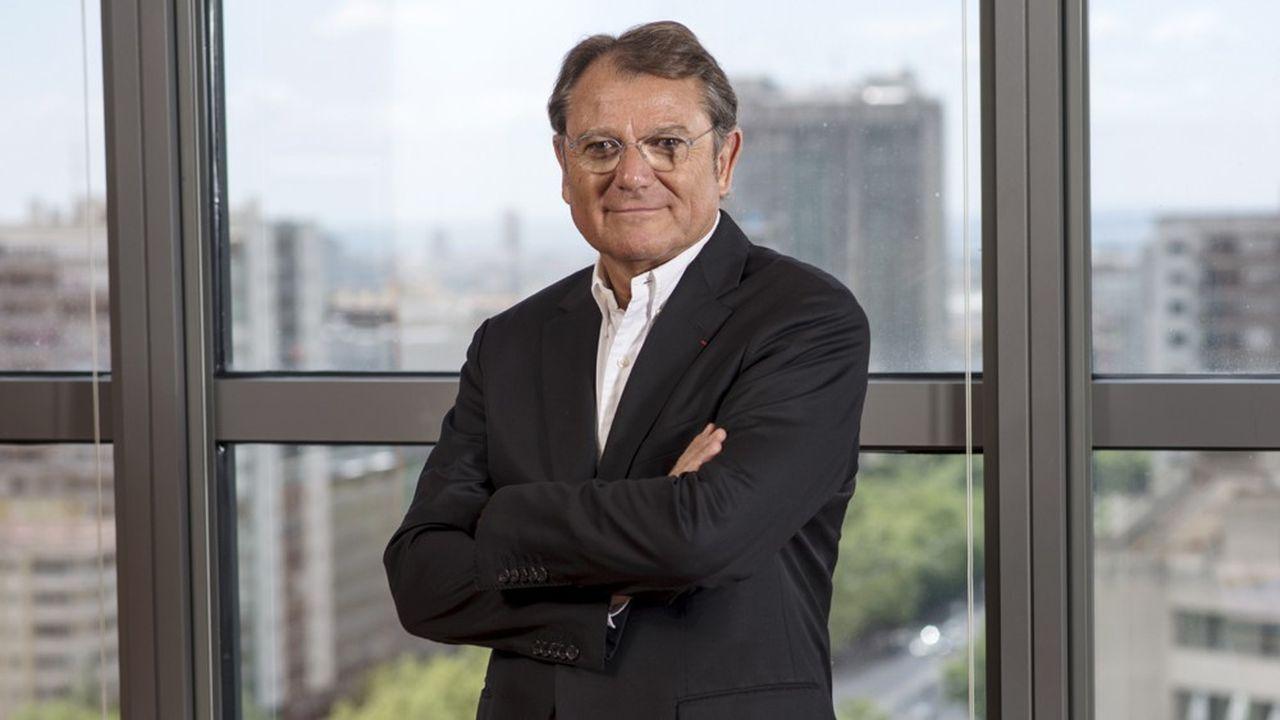 En poste depuis début septembre dernier, Yann Caillère, le nouveau directeur de Groupe Pierre & Vacances Center Parcs, a notamment été un dirigeant d'Euro Disney, président de Louvre Hotels et directeur général d'Accor.