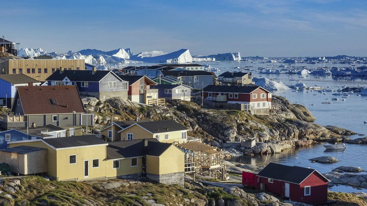 L'extension de l'aéroportde la petite ville d'Ilulissat (photo) est un des outils imaginés par le Groenland pour diversifier ses revenus et oeuvrer à son indépendance, en profitant des opportunités offertes par le réchauffement climatique.