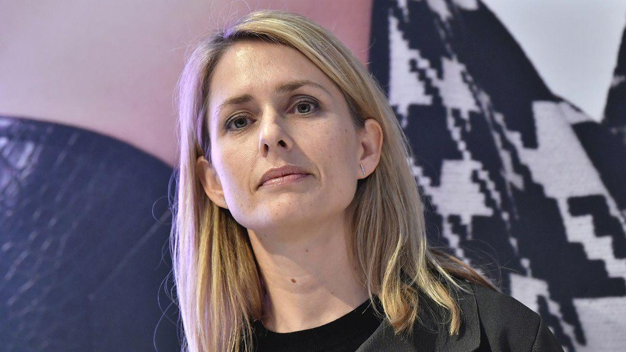 Helena Helmersson devient patronne opérationnelle de H & M à la place de Karl-Johan Person, qui prend la place de son père à la tête du conseil du groupe.
