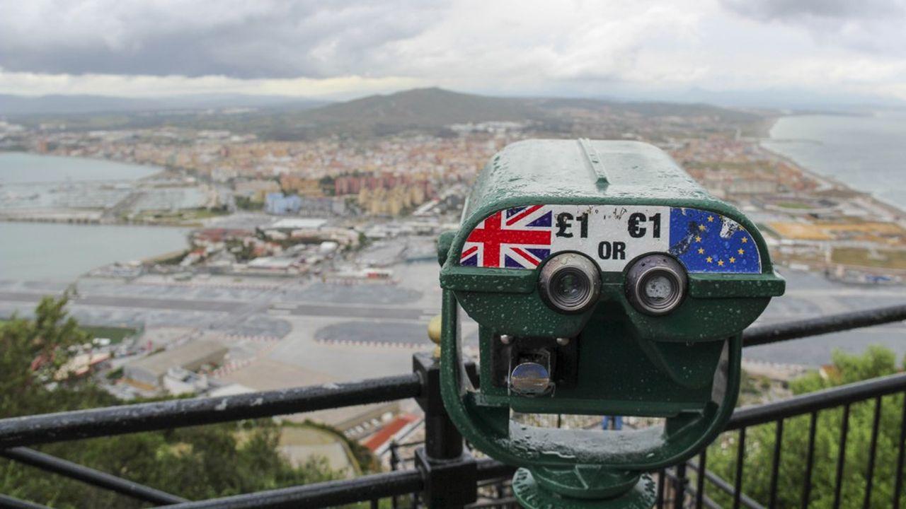L'économie du Rocher dépend de la libre circulation de près de 14.000 frontaliers venus de l'Andalousie voisine.