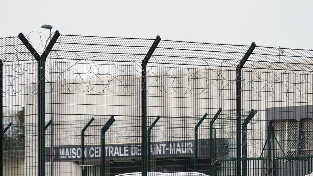 La CEDH recommande aux autorités françaises «d'envisager l'adoption de mesures générales» pour mettre fin au surpeuplement et améliorer les conditions de détention.
