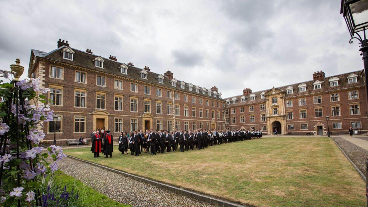 Après le Brexit, les étudiants européens pourront bénéficier du nouveau statut de résident leur permettant de poursuivre leurs études ou de commencer à travailler au Royaume-Uni.