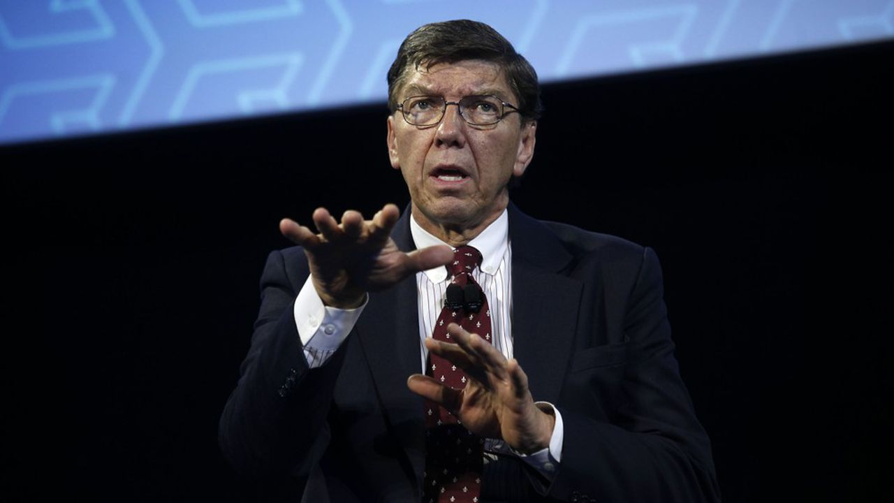 Clayton Christensen lors d'une conférence devant les salariés de Ford Motor Company, à Dearborn, dans le Michigan.