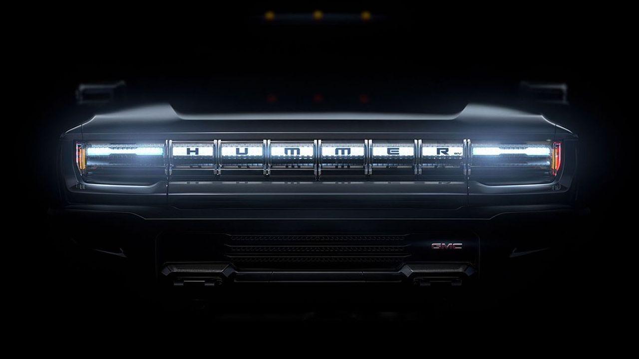 Le clip publicitaire de GMC, qui sera diffusé dimanche pendant le deuxième quart-temps du match Super Bowl, insistera sur la puissance de la machine, sans qu'on ne puisse en voir plus que des contours, et son silence.