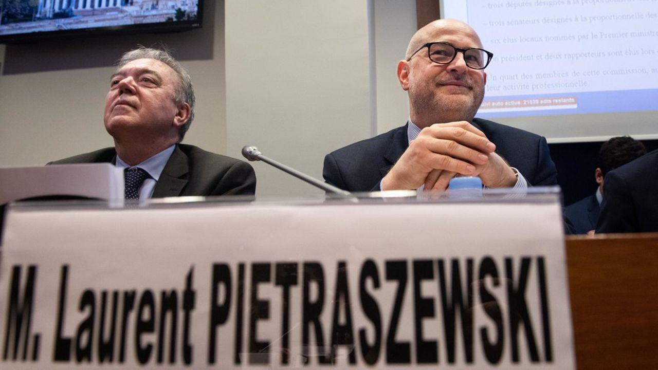 à droite, Laurent Pietraszewski, secrétaire d'Etat en charge des Retraites.