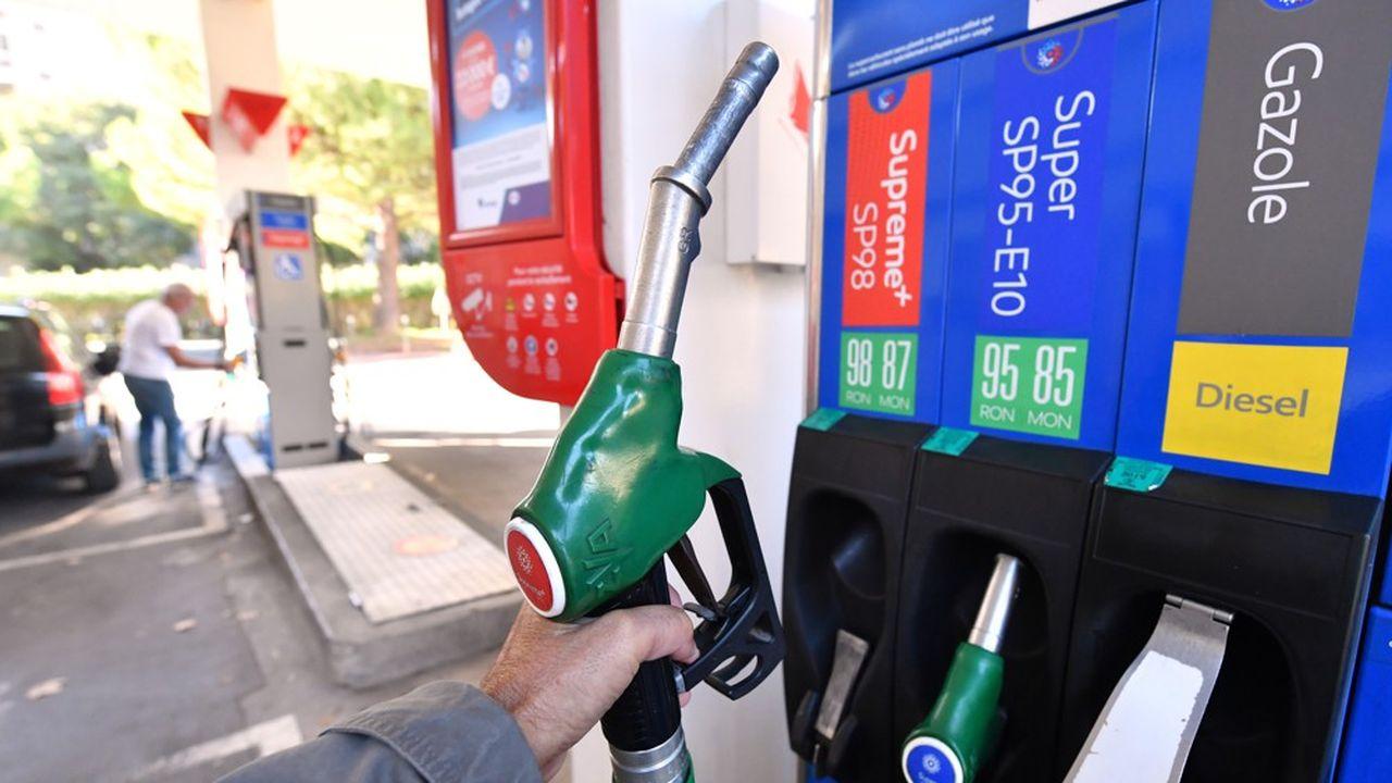 Coronavirus : le prix des carburants chute