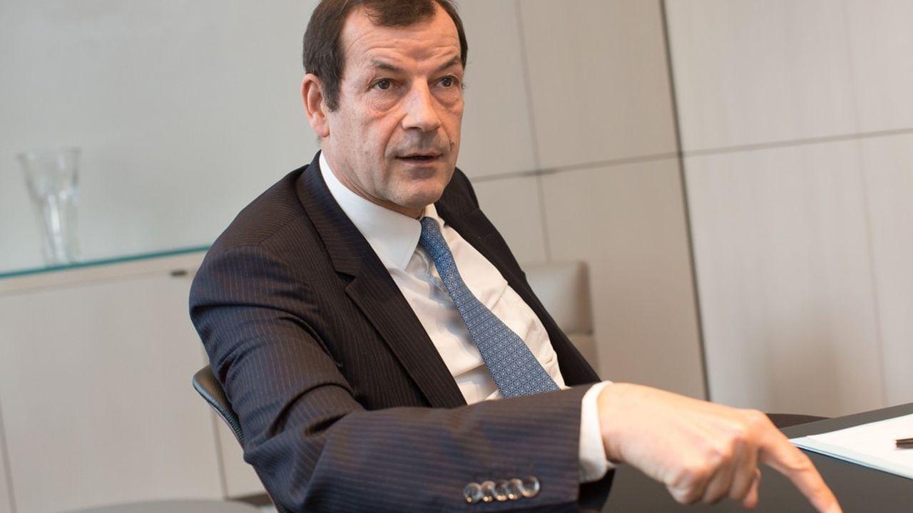 Thierry Derez cumule les fonctions de président-directeur général de SGAM Covéa et de président de Covéa Coopérations.