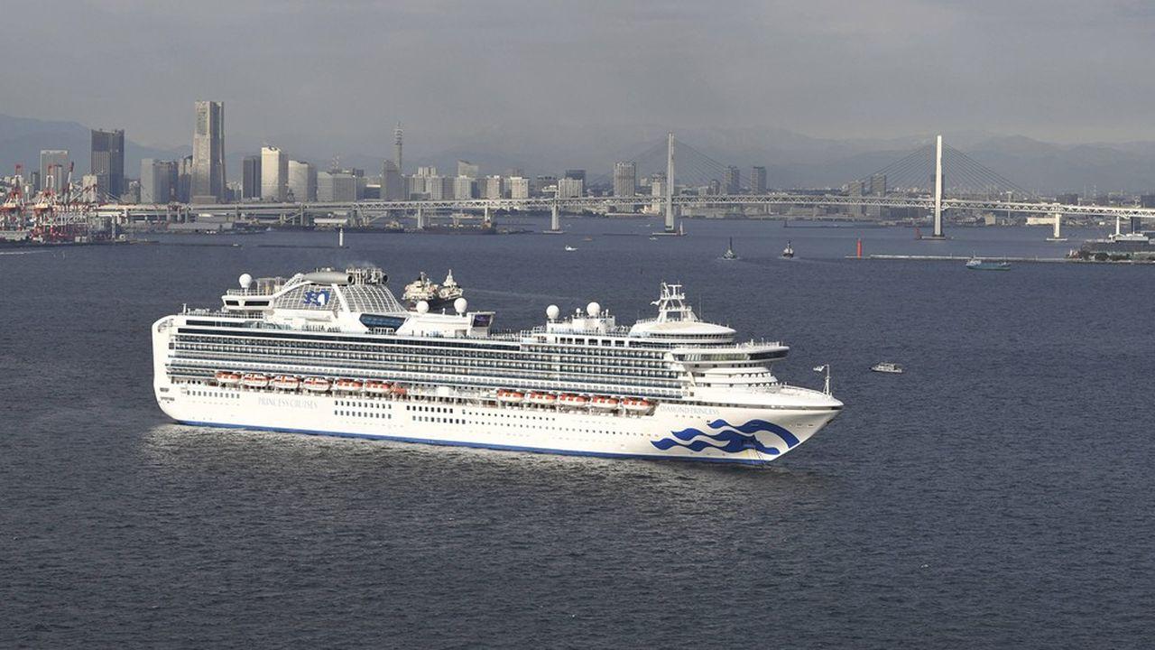 Le paquebot'Diamond Princess' a été mis en quarantaine au large de Yokohama avec ses 3.700 passagers et membres d'équipage.